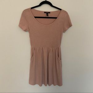 Forever 21 mauve pink mini dress with pockets